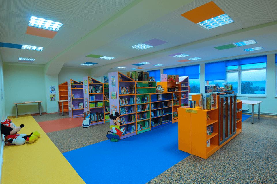 Covor PVC cu zone de accent pe culori diferite pentru scoli, gradinite si late unitati de invatamant