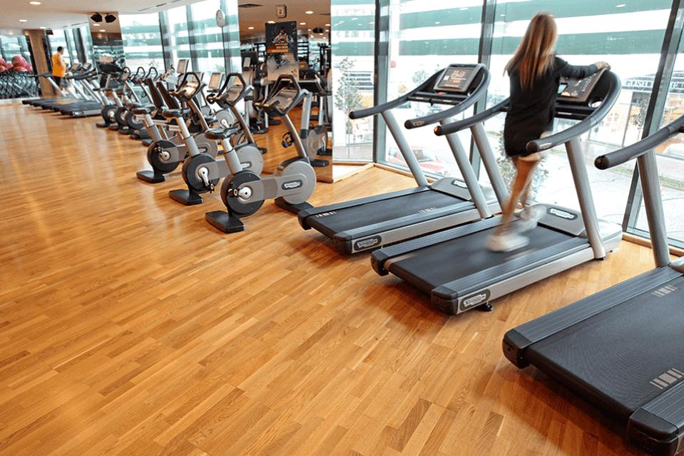 Parchet sala fitness